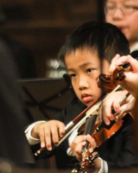 Youth Symphony Orchestra violinist
